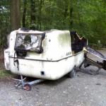 wohnwagen-abgebrannt-1